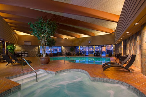 POOL & HOT TUB